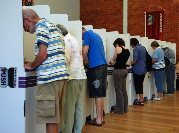 australian elections essay Compulsory voting - for and against the main arguments for and against compulsory voting in australia can be majorities in australian elections include the.